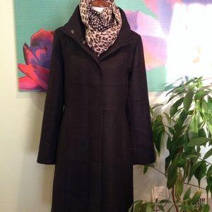 Kenneth Cole Elegant Winter Coat in Black
